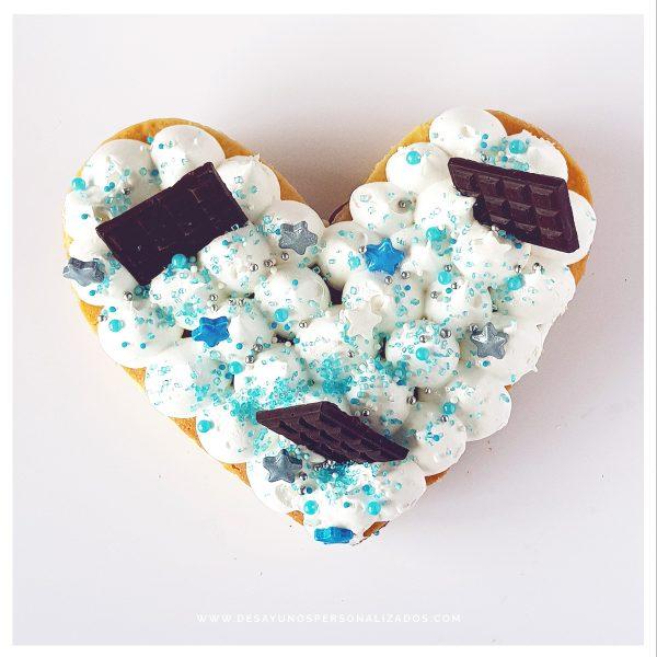 Torta_corazón_celeste
