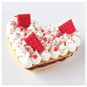 Torta_corazón_roja